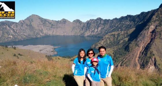 Mount Rinjani Trekking Package price